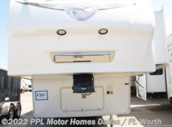 Used 2008  Palomino Sabre 31REDS by Palomino from PPL Motor Homes in Cleburne, TX