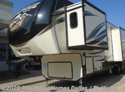 Used 2017 Keystone Alpine 3501RL available in Cleburne, Texas