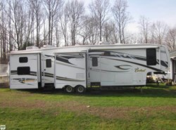 Used 2009  Forest River Cardinal 3802BH