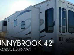 Used 2006  Winnebago  Sunnybrook 36 BWKS LX by Winnebago from POP RVs in Sarasota, FL