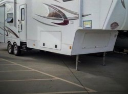 Used 2011  Keystone Laredo 33 by Keystone from POP RVs in Sarasota, FL