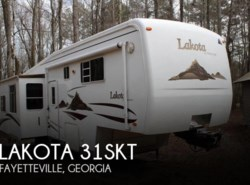 Used 2005  McKenzie Lakota 31SKT by McKenzie from POP RVs in Sarasota, FL