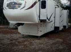 Used 2010  Coachmen North Ridge  320-RLQ
