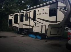 Used 2016  Keystone Montana 3361RL by Keystone from POP RVs in Sarasota, FL