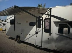 Used 2010  Coachmen Freelander  31SS by Coachmen from POP RVs in Sarasota, FL