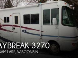 Used 2002  Thor Motor Coach Daybreak 3270 by Thor Motor Coach from POP RVs in Sarasota, FL