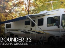 Used 2000  Fleetwood Bounder 32 by Fleetwood from POP RVs in Sarasota, FL