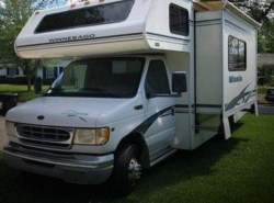 Used 2002  Winnebago Minnie Winnie 24 by Winnebago from POP RVs in Orlando, FL
