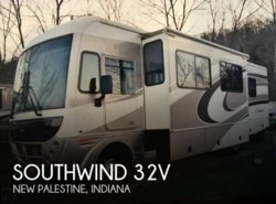 Used 2005 Fleetwood Southwind 32V available in New Palestine, Indiana