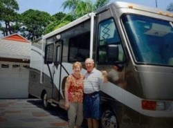 Used 2002 Safari Trek 2830 available in Merritt Island, Florida