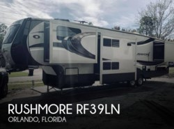 Used 2014 CrossRoads Rushmore RF39LN available in Orlando, Florida
