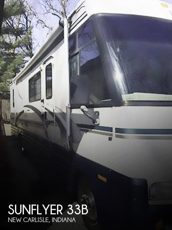 1999 Itasca RV Sunflyer 33B for Sale in New Carlisle, IN 46552 | 177960