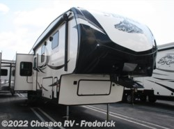 New 2017  Dutchmen Denali 293RKS by Dutchmen from Chesaco RV in Frederick, MD