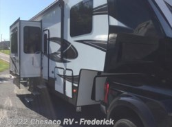 New 2018  Dutchmen Voltage V3605 by Dutchmen from Chesaco RV in Frederick, MD
