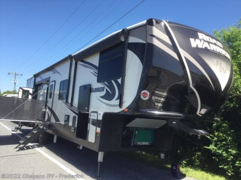 2019 Heartland RV Road Warrior RW 427