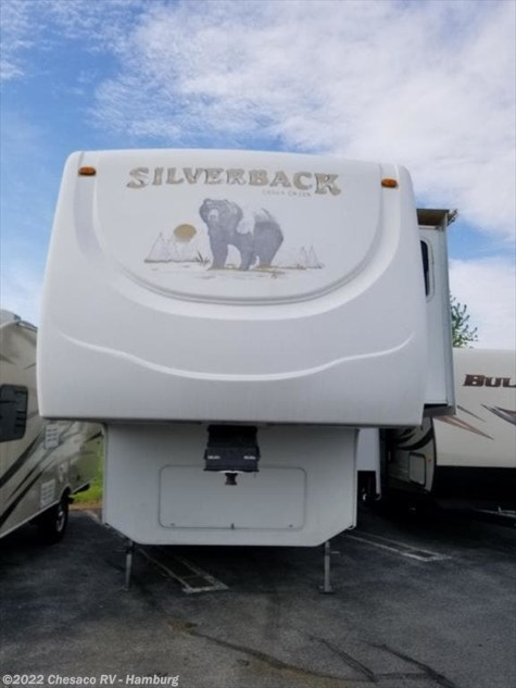 2006 Forest River Silverback 29LRGBS