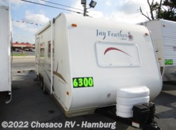 Used 2004 Jayco Jay Feather 22U available in Shoemakersville, Pennsylvania