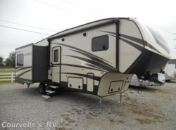 New 2017  CrossRoads Cruiser Aire CR28RL by CrossRoads from Courvelle's RV in Opelousas, LA