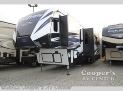 New 2018  Keystone Fuzion 424 by Keystone from Cooper's RV Center in Apollo, PA