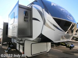 New 2017  Keystone Avalanche 380FL by Keystone from Indy RV in St. George, UT