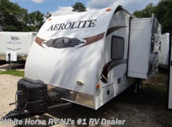 Used 2011  Dutchmen Aerolite 719QBSL Front Queen, Kitchen Slide-out by Dutchmen from White Horse RV Center in Williamstown, NJ