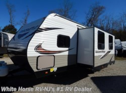 New 2018  Starcraft Autumn Ridge Outfitter 26BHS 2-BdRM Slide with Double Bed Bunks by Starcraft from White Horse RV Center in Williamstown, NJ