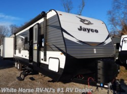 New 2018  Jayco Jay Flight 32TSBH 2-Bedroom Triple Slideout by Jayco from White Horse RV Center in Williamstown, NJ
