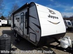 New 2018  Jayco Jay Flight SLX 224BH Front Queen Corner Double Bunks by Jayco from White Horse RV Center in Williamstown, NJ
