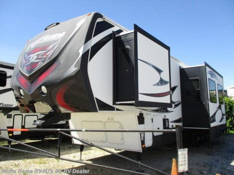 2012 Keystone Fuzion FZ-360 Double Slide 1 1/2 Baths & 10' Garage