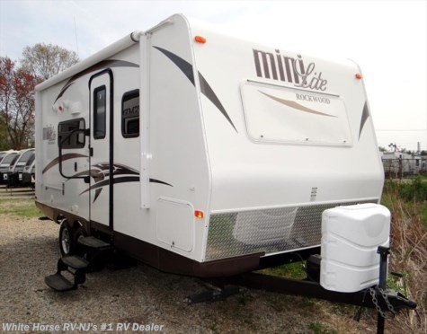 2015 Forest River Rockwood Mini Lite 2104S Slide-out, Front Walk-Around Queen Bed
