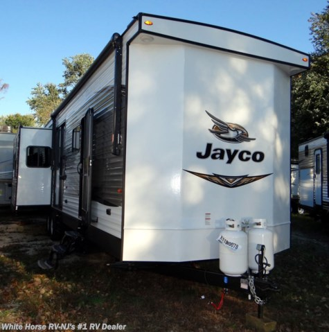2019 Jayco Bungalow 40FBTS Front Bath Triple Slideout