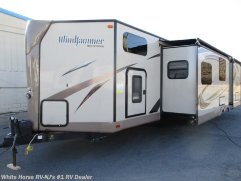 2015 Forest River Rockwood Windjammer 3006WK 2-BdRM Double Slide, Front Bunkhouse