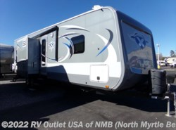 Used 2016  Highland Ridge Highlander 31RGR by Highland Ridge from RV Outlet USA in North Myrtle Beach, SC