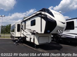 New 2018  Keystone Alpine 3021RE by Keystone from RV Outlet USA of NMB in Longs, SC