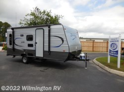 New 2018  CrossRoads Z-1 Lite ZR 18RD by CrossRoads from Wilmington RV in Wilmington, NC