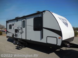 New 2018  Winnebago Minnie 2500RL by Winnebago from Wilmington RV in Wilmington, NC