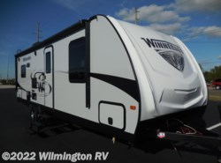 New 2018  Winnebago Minnie 2500RL/New Front Cap by Winnebago from Wilmington RV in Wilmington, NC