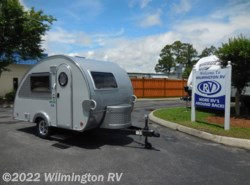 Used 2018  NuCamp T@B Max CS-S/Sofitel Cushions by NuCamp from Wilmington RV in Wilmington, NC