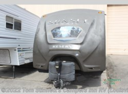 Used 2014  CrossRoads Sunset Trail Reserve ST26RB by CrossRoads from Tom Stinnett's Campers Inn RV in Clarksville, IN