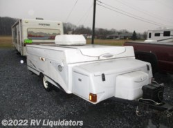 Used 2005  Fleetwood  FLEETWOOD VICTORY by Fleetwood from RV Liquidators in Fredericksburg, PA
