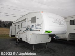 Used 2005  Forest River Wildcat 30 LSWB by Forest River from RV Liquidators in Fredericksburg, PA
