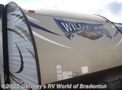Used 2016  Forest River Wildwood 201BHXL by Forest River from Gerzeny's RV World of Bradenton in Bradenton, FL