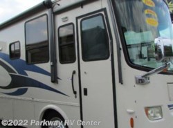 Used 2006  Holiday Rambler Vacationer 34Pdd by Holiday Rambler from Parkway RV Center in Ringgold, GA