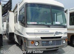 Used 2005  Fleetwood Storm 34F by Fleetwood from Parkway RV Center in Ringgold, GA