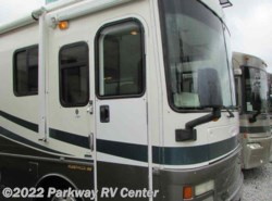 Used 2002  Fleetwood Discovery 37T by Fleetwood from Parkway RV Center in Ringgold, GA