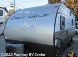 Used 2014  Forest River Cherokee Grey Wolf 21Rr by Forest River from Parkway RV Center in Ringgold, GA