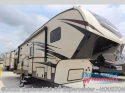 New 2018  CrossRoads Cruiser Aire CR29BH by CrossRoads from ExploreUSA RV Supercenter - ALVIN, TX in Houston, TX