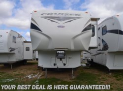 Used 2011  CrossRoads Cruiser CF335SS Patriot Provincial by CrossRoads from Delmarva RV Center in Smyrna in Smyrna, DE