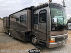 Used 2005  Fleetwood Discovery 39L by Fleetwood from Go Play RV Center in Flint, TX