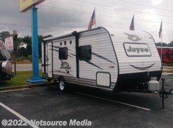 Used 2016  Jayco  jayflight SLX 195RB by Jayco from American Adventures RV in Bushnell, FL